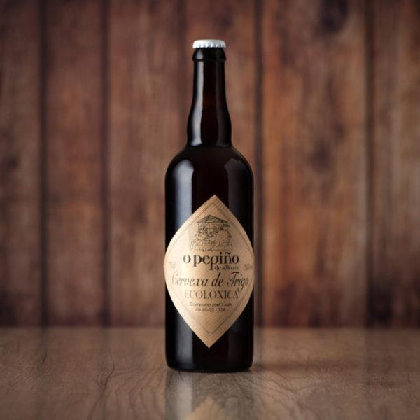 Cerveza artesana O Pepiño 75cl lista para beber y degustar con productos gallegos O Pepiño