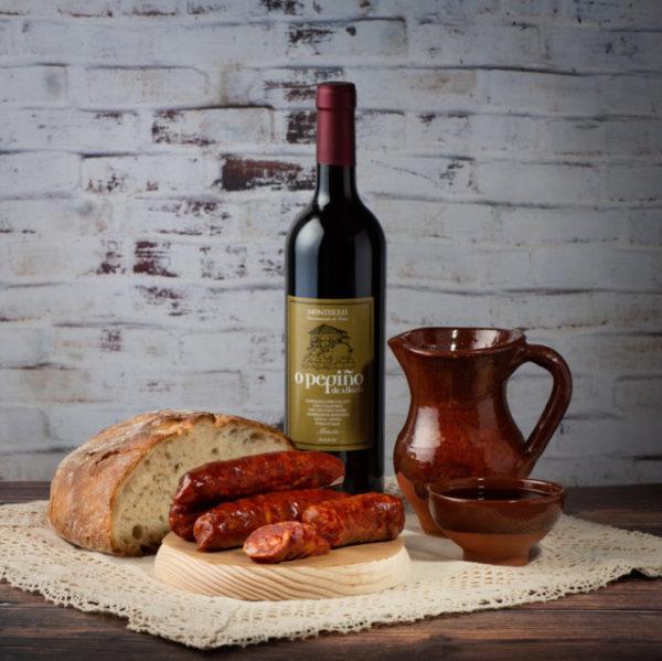 Chouriço tradicional O Pepiño e vinho Mencía O Pepiño combinação perfeita de sabores