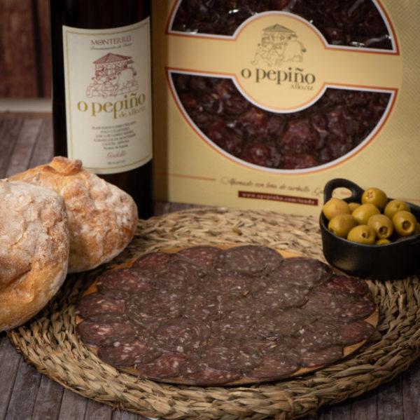 Enchido de boi O Pepiño e vinho godello O Pepiño detalhes, do melhor da Galiza com envio