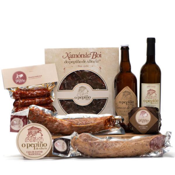 Pack Ourense O Pepiño productos: jamón de buey, cerveza artesana, queso y embutidos