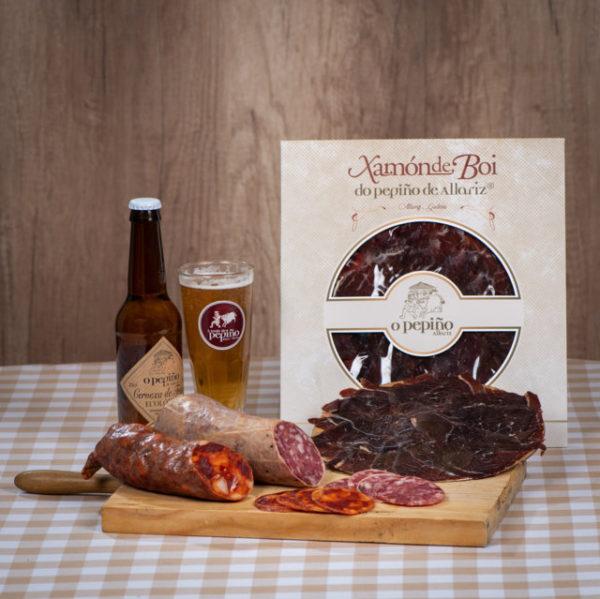 Pack Xugueiros O Pepiño bodegón: cerveza, jamón de buey en lonchas, chorizo y salchichón cular